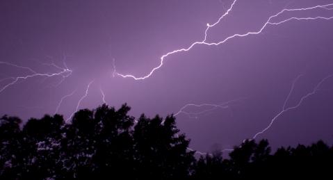 Lightning1c